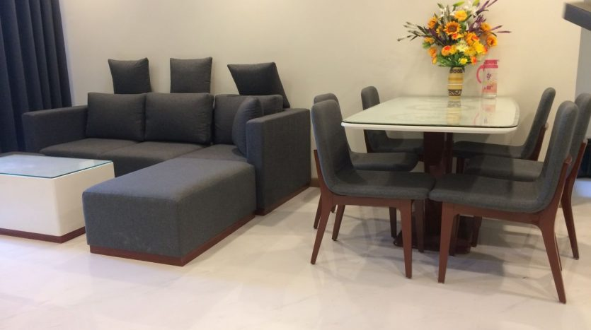 Nice apartment, Full furniture, 2 BRs, $950 include management fee in Vinhomes Central Park