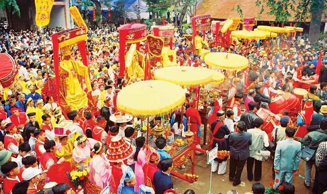7 Vietnamese festivals were introduced in the British newspape