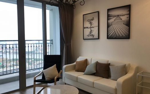 2Brs apartment Vinhomes Central Park with Gorgeous wall decorations and Well-turn furniture