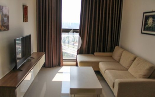 Pearl Plaza Apartment - Life in the heart of the bustling city.