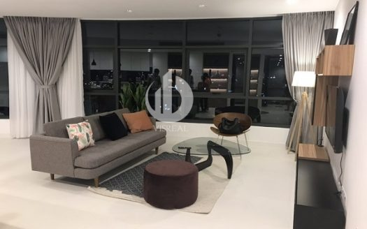 City Garden Apartment – Nice Design And Nice view by night.
