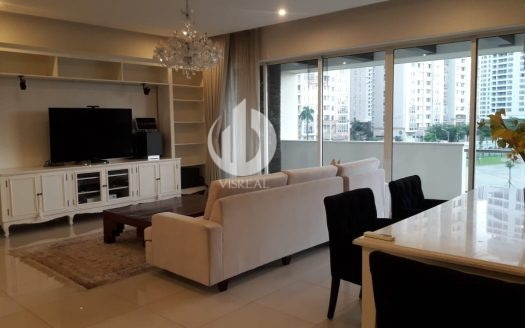 Estella Apartment - Luxury design, modern furniture, spacious.
