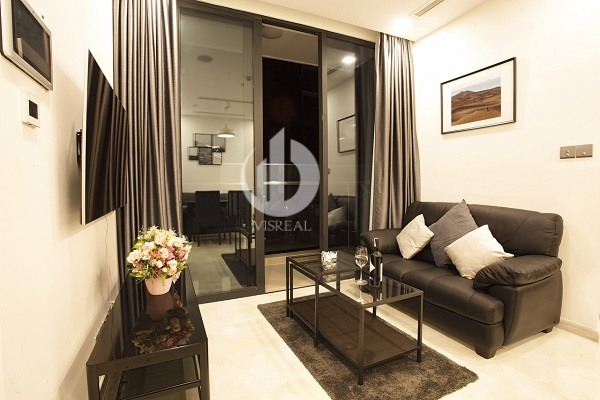 Vinhomes Golden River Apartment - Nice View,Convenient, Modern, 2beds