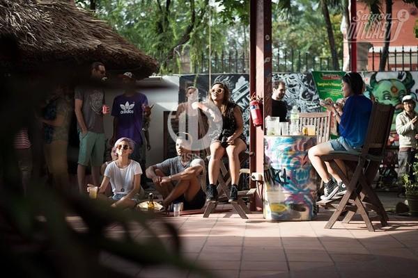 En Dee, Saigon Outcast - 2 new destinations and