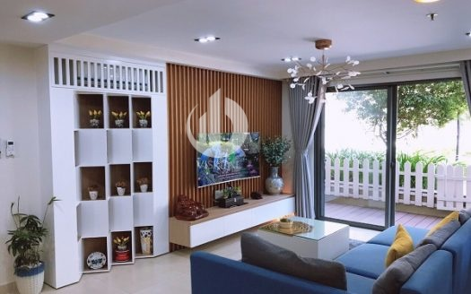 Masteri Thao Dien Apartment - Duplex For Rent,Giving your family a comfortable modern life, airy space with a small terrace with lots of trees.