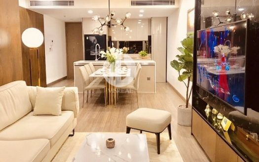 City Garden Apartment - Luxury life, cool space in the heart of the City.