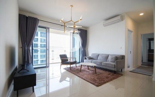Estella Heights Apartment – The apartment is located on the 26th floor with 3 bedrooms.