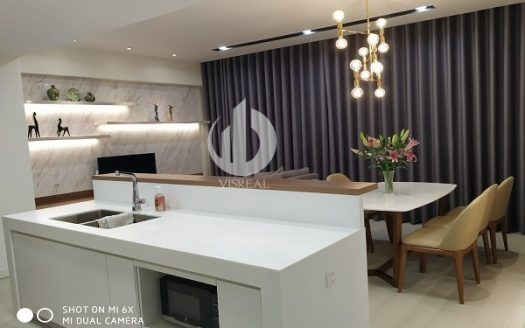 Gateway Thao Dien Apartments –The airy apartment with large glass door system.