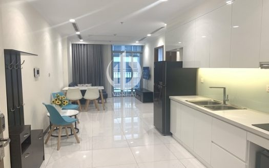 Vinhomes Central Park Apartment – one bedroom for rent, living in cozy space.