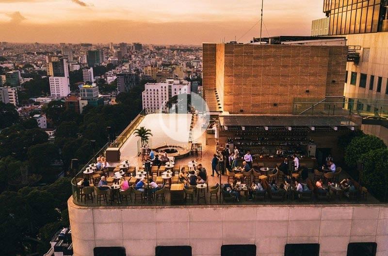 "Hongkong newspaper praised 5 bars on the top floor displaying ""aura"" of Saigon"
