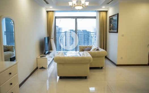 Vinhomes Central Park Apartment – Located in Landmark Plus tower with 3 spacious bedrooms.