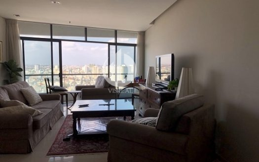 City Garden Apartment – Spacious 2 bedrooms with city view.