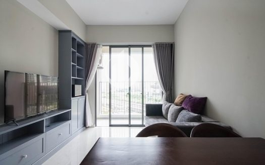 Masteri An Phu Apartment - Apartment design is a harmonious combination of classic and modern features.