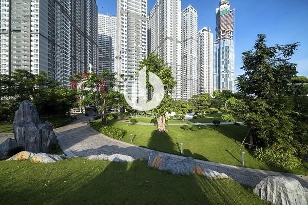 Overview of Vinhome Centra Park