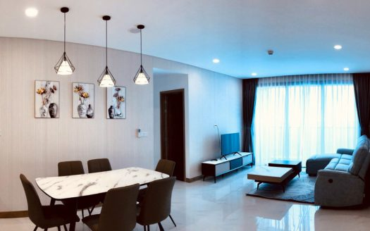 3-bedroom for rent in Golden House
