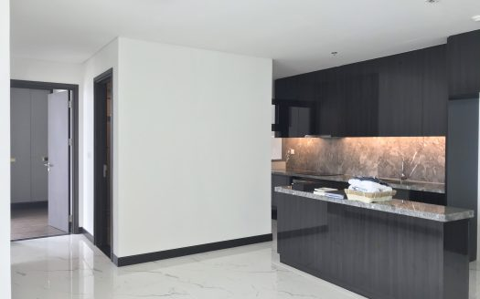 Apartment for rent in Empire City, no furniture