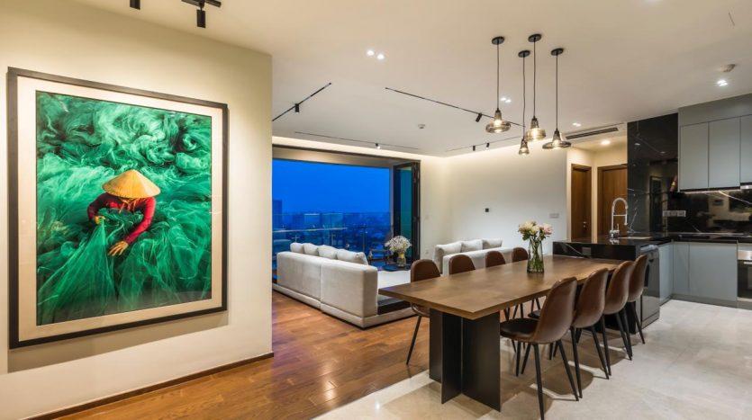 livingroom + dining table